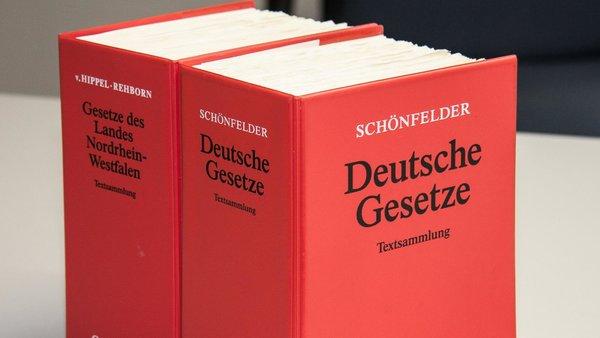 Zwei Bände